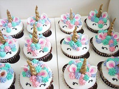 cupcake unicornios